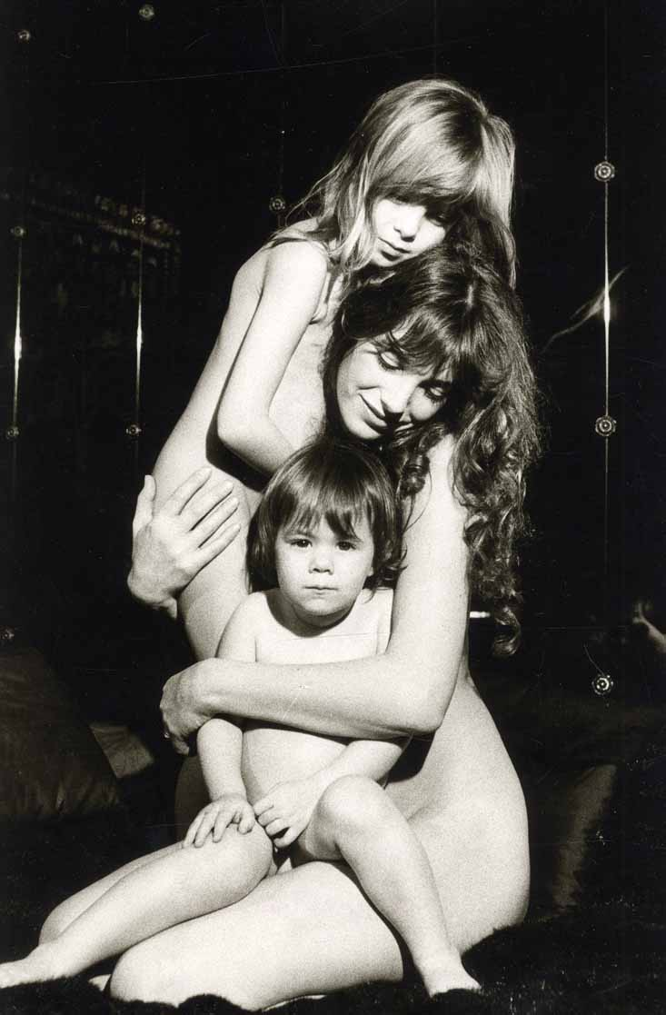 фото голые мама дочь № 254697  скачать
